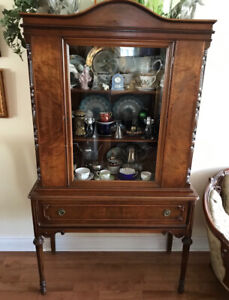 Antique display cabinet / hutch - Burlington