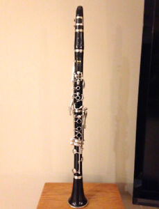 Excellent Yamaha 26 MKII clarinet with case and accessories.