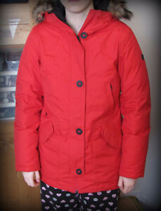 NORTH FACE Quality Women's down winter jacket Red Gatineau Ottawa / Gatineau Area image 1