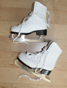 CCM figure skates, toddler size 9, very good condition