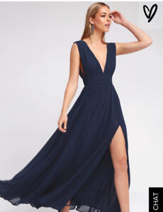 Selling gorgeous navy blue dress for 80$