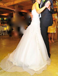 European purchased wedding dress Peterborough Peterborough Area image 1