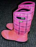 Girls Winter Bogs Size 3 Youth