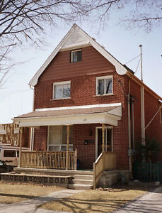 3 Bedrooms and a den (can be 4 bedrooms) 60 Nelson Street