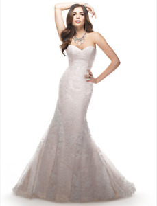 Maggie Sottero Eileen wedding dress size 6 $650 OBO
