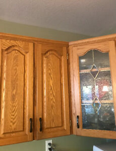 Solid oak kitchen cabinets and countertops