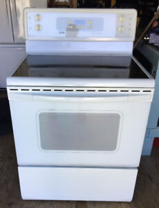 Kenmore Range 30-inch with ceramic cook-top (White)