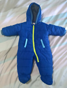 Winter suit 6-9mo
