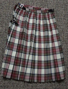 Size 8 100% Wool Skirt from The Tartan Gift Shop Edinburgh