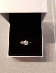 1.00 ct Diamond Engagement Ring For Sale
