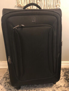 TRAVELPRO Connoisseur 3 28 Inch Spinner SUITCASE