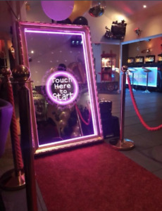 Interactive Magic Mirror PhotoBooth For Weddings & Events