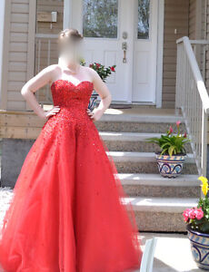 Gourges Luxury Princess Sweetheart Graduation Dress, S-M Edmonton Edmonton Area image 1