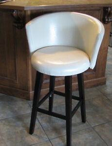 Bar Stools (2,beige leather, high)