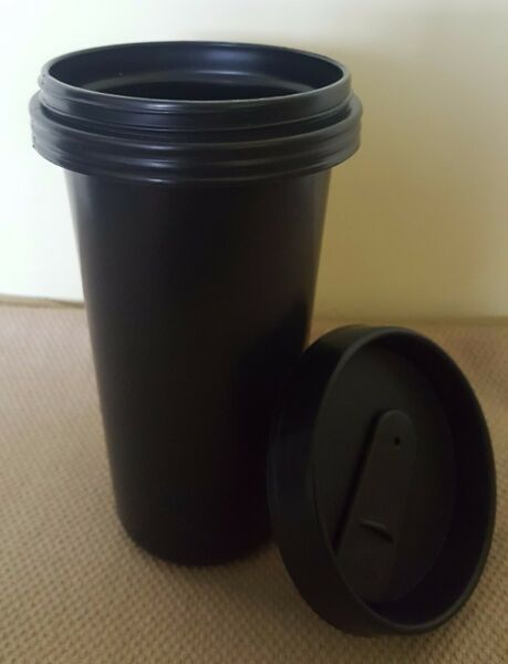 Brand NEW*** Plastic Tumbler Mug Cup with cover Black