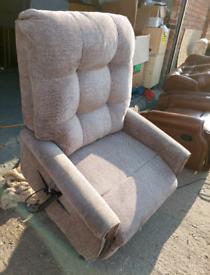 Chair -Extra Comfy Maxi Comfort Classic Riser Recliner Dual Motor Mult