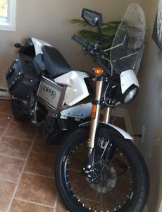 Moto zero motorcycles Électrique (Plaqué Scooter)