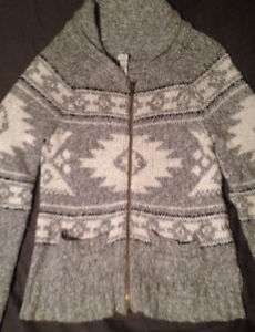 Aztec Patterned Knit Sweater