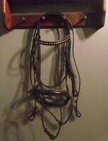 Full Bridle with flash, & nice trim on browband for your horse!