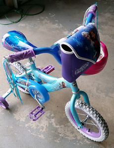 "Girls 12"" Frozen Bike and Arial Helmet"