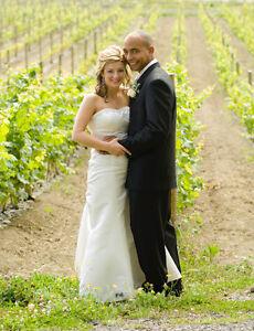 WEDDING OFFICIANT - LICENSED Belleville Belleville Area image 1