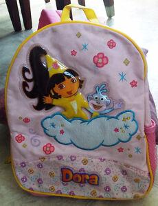 Chaise et sac Dora