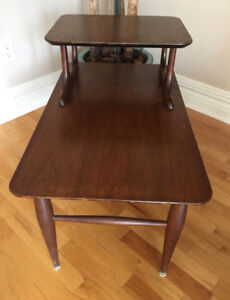 TABLE D'APPOINT RETRO 1970