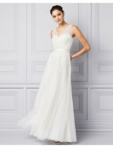 Le chateau wedding gown