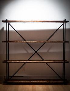 Étagère en bois et acier