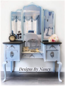 1930's Queen Anne Style Makeup Vanity With Tri-Fold Mirror