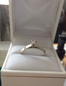 14 k white Gold Solitaire Engagement Ring