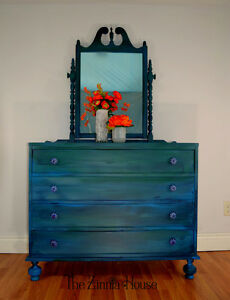 Coastal Blue and Green Colour Melt Dresser