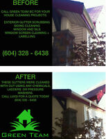 Gutter Scrubbing With No Chemicals Or Ladders ! (Green Team BC)