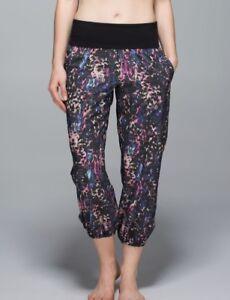 LULULEMON Om Pant - Floral Sport Black Multi Pink / Black Sz 12