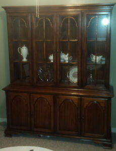 Vintage Braemore Hutch / Buffet and Display Cabinet Solid Wood