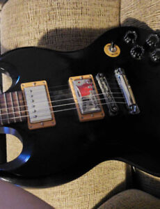 Selling my Gibson SG black 120th anniversary