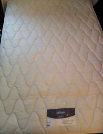 ONO : SMALL DOUBLE BED & MATTRESS - GOOD CONDITION, SILENTNIGHT