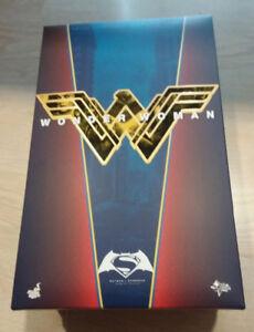 1/6 Hot Toys BVS MMS359 Wonder Woman 1/6 Figure