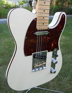 FENDER DELUXE TELECASTER  with Case