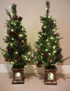 2 Christmas Trees - (A pair) - Mint condition