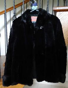 Ladies' Antique/Vintage Genuine Fur Coat