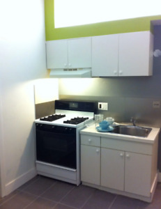 4 bedrooms Apartment on Main St available now