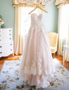 Vintage Inspired Lace Wedding Dress - Stunning Lace Details
