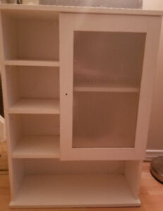 Cabinet for a bathroom