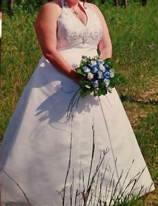 Plus Size Alfred Angelo Wedding Gown