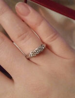Beautiful engagement ring with $1650 appraisal