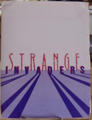 STRANGE INVADERS ~ COMPLETE ORIGINAL MOVIE PRESS KIT COMPLETE 7 PHOTOS