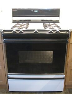 Propane stove London Ontario image 1