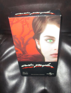 CAT PEOPLE....VHS