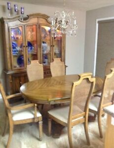 Strange Buy Or Sell Dining Table Sets In Ottawa Gatineau Area Home Interior And Landscaping Elinuenasavecom